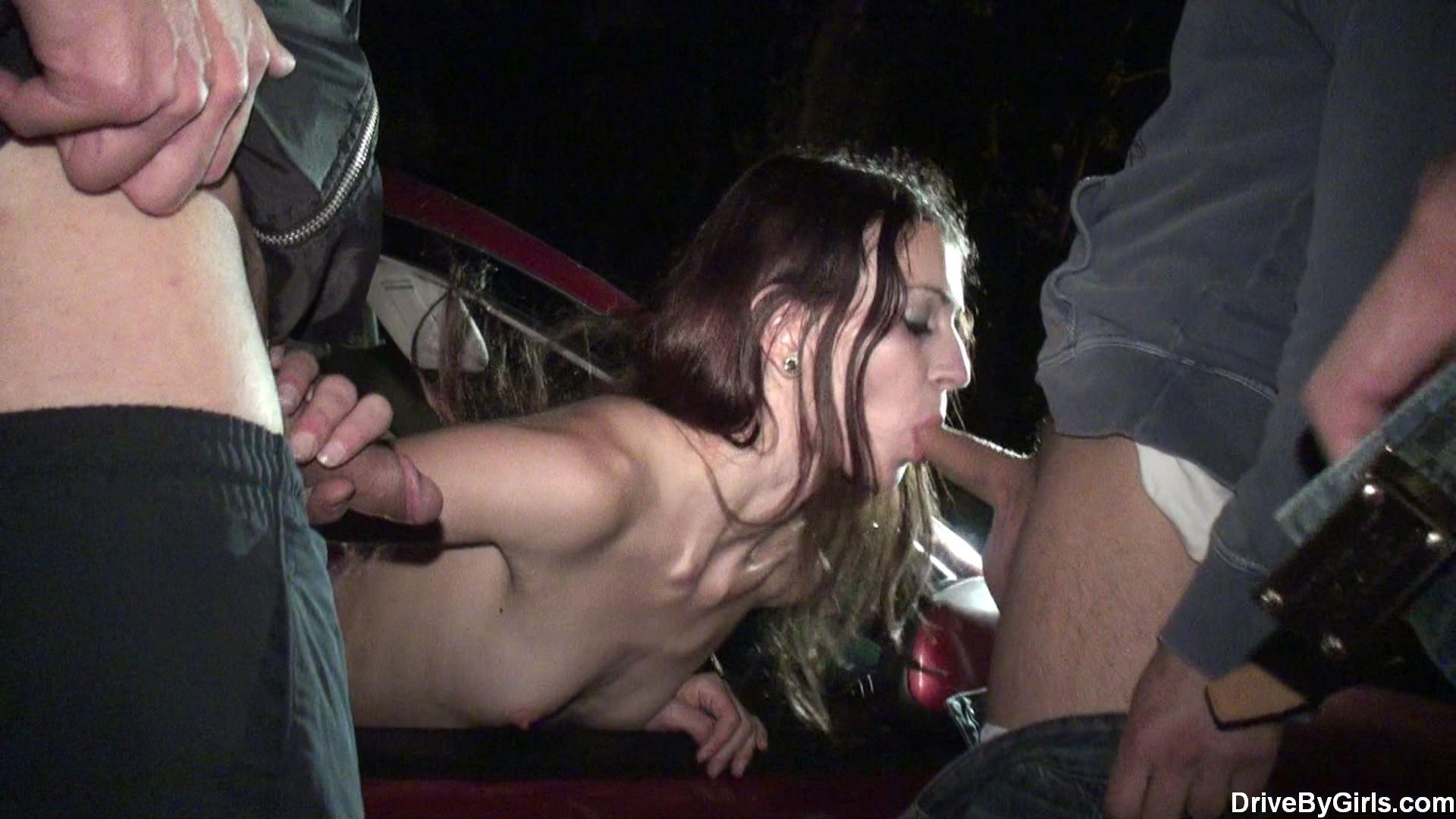 Смотреть порно вывез за город попали